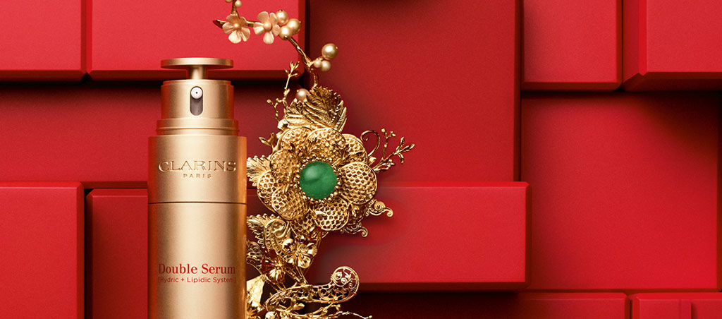 Limited Edition Golden Double Serum: Celebrate Lunar New Year embellished in gold.