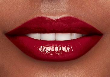 Dark skin tone 05 Intense burgundy