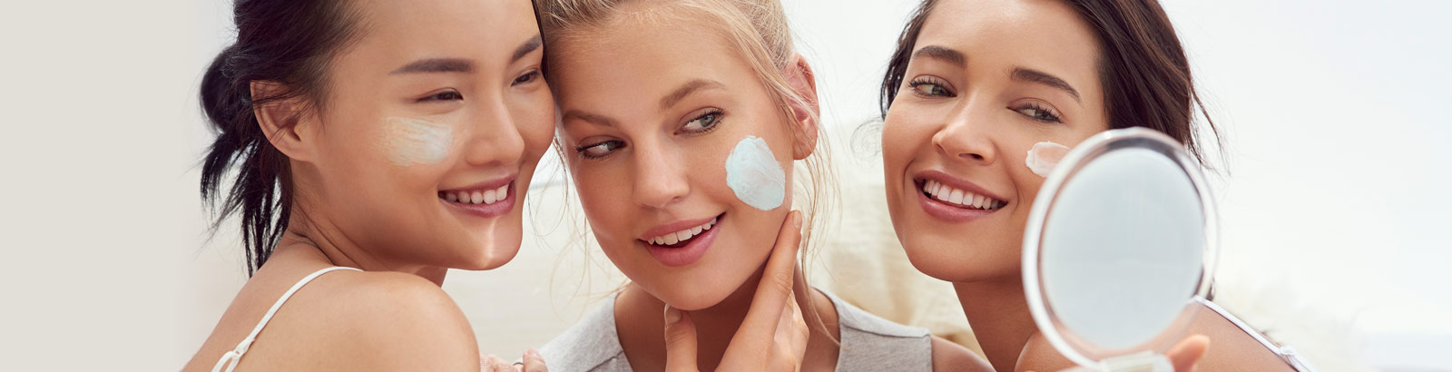 Hydration 101. Be guided to perfectly hydrated skin with beauty tips from the Clarins Experts.