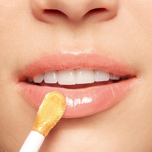 护唇油的涂抹效果