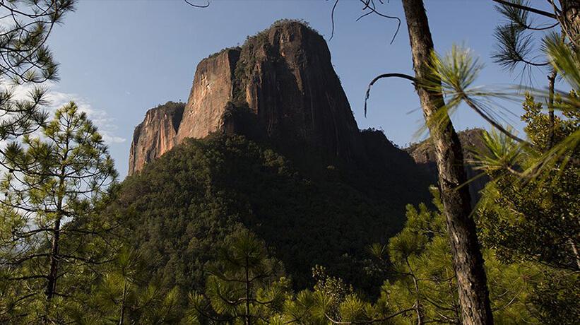 山区景观风景图片