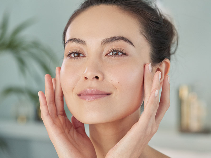 How to Apply Face Serum