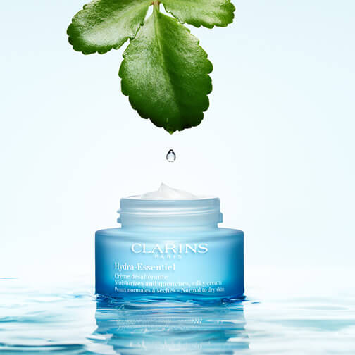 Boosts the skin's natural hydration.